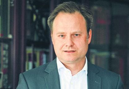Prof. Artur Nowak-Far